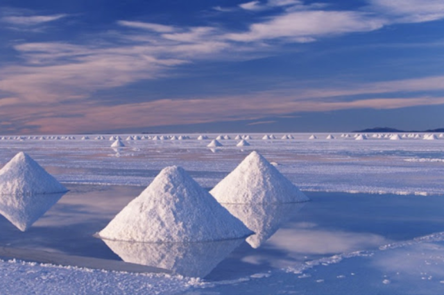 The beauty of the biggest salt field in the world