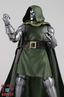Marvel Legends Doctor Doom 17