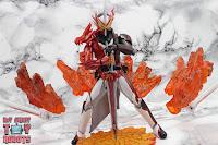 S.H. Figuarts Kamen Rider Saber Brave Dragon 38