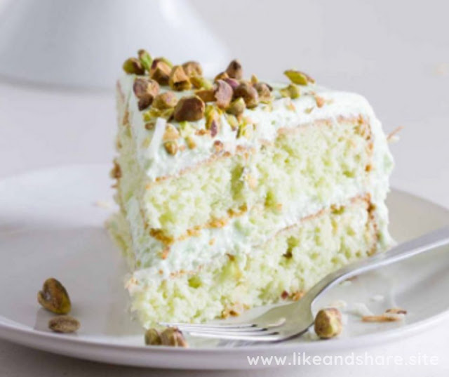 COCONUT AND PISTACHIO PUDDING CAKE RECIPE