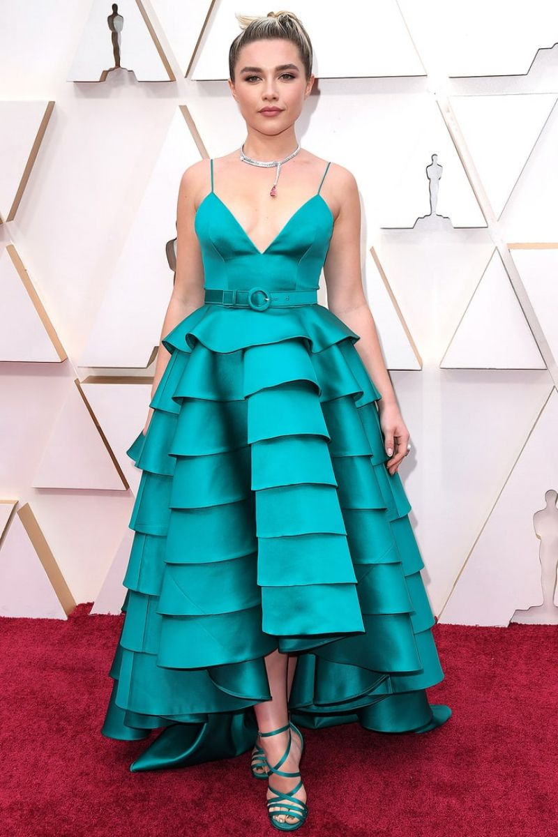 Florence Pugh Stuns in Turquoise on Oscars Red Carpet