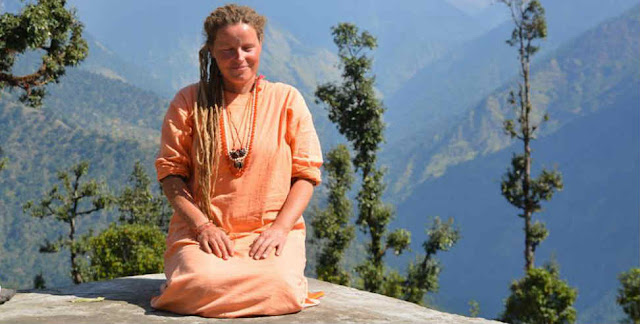 "How a rich girl from Germany came to India and became ""SARASWATI MAI"",New Delhi Cables"