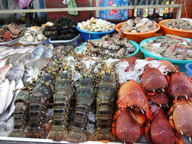 Chợ hải sản nổi tiếng ở Quảng Ninh