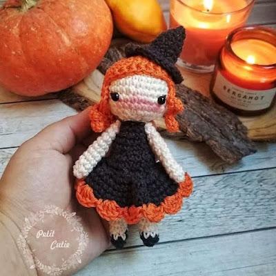 Кукла ведьмочка амигуруми