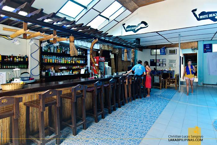 White Beach Divers Hostel Restaurant Boracay