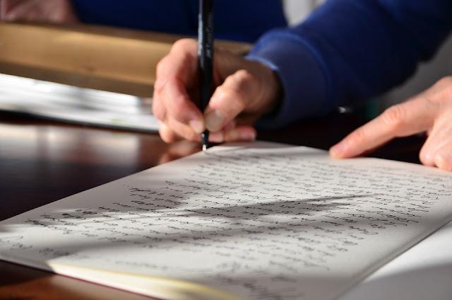 Why Choose Custom Essay Writing Services