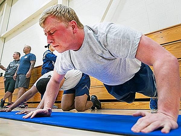 Mistake-while-exercise-yoga-gym