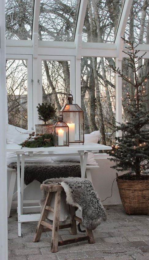 christmas scandinavian decor inspiration