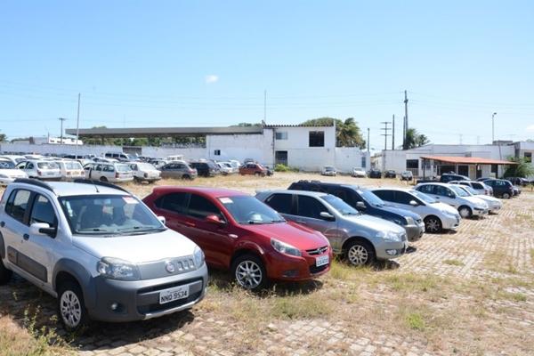 Detran realiza em Assú leilão com 262 lotes de veículos apreendidos