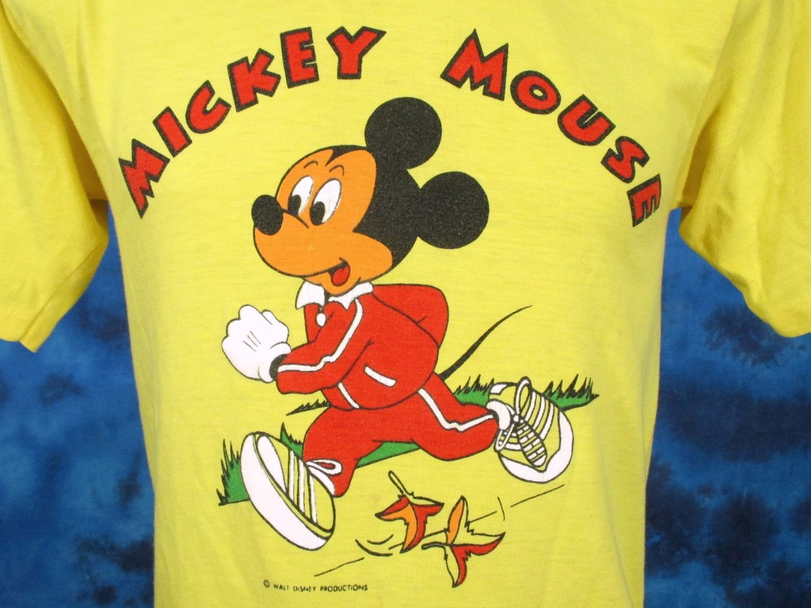 d00678ab vintage 70s MICKEY MOUSE JOGGING WALT DISNEY T-Shirt SMALL cartoon race  thin 80s