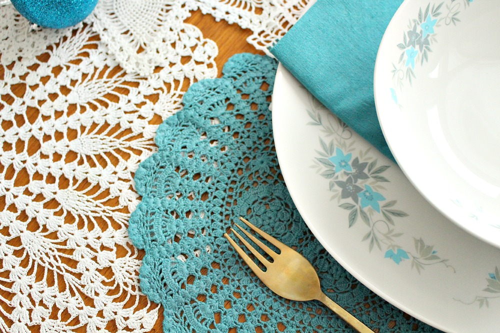 DIY Teal Doily