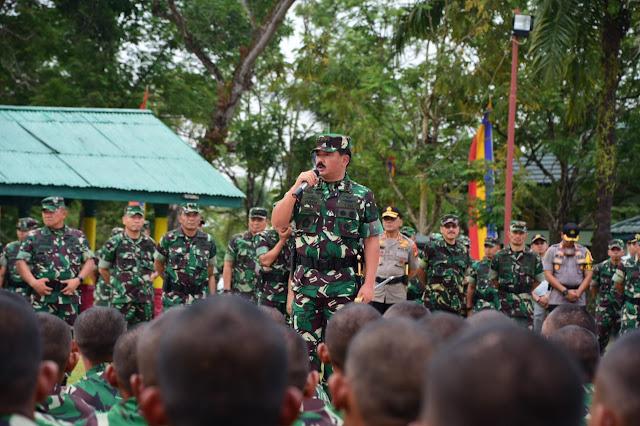 Panglima TNI cek Kesiapan Prajurit Yonif 132/BS Jaga Perbatasan RI - RDTL
