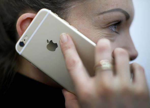 «Καμπανάκι» για τις χρεώσεις περιαγωγής στα κινητά - Τι να προσέξετε