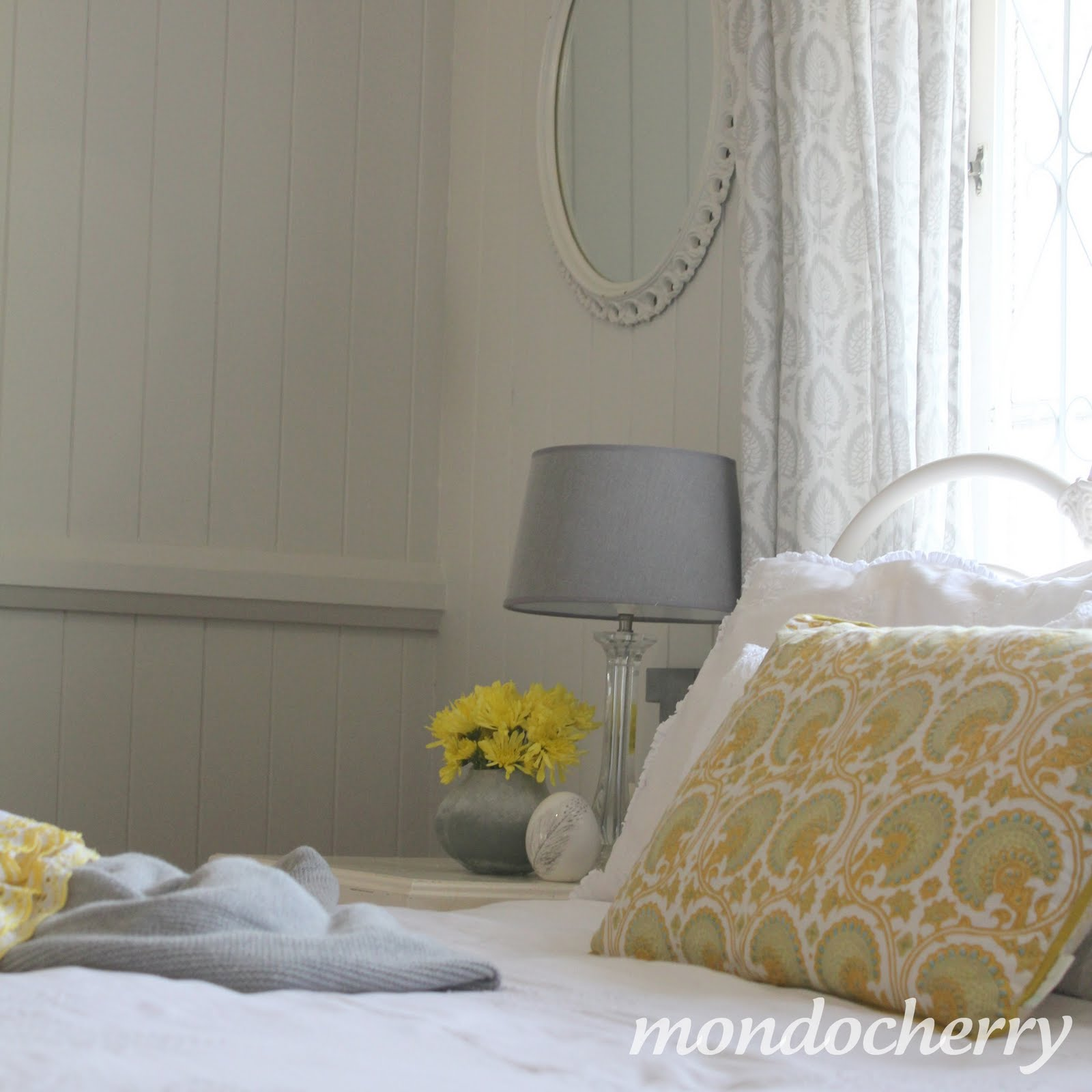 a small bite of mondocherry through the door grey and yellow. Black Bedroom Furniture Sets. Home Design Ideas