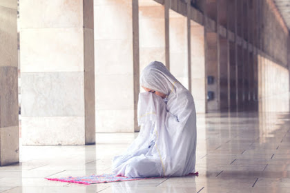 [Puisi] Doa Sang Wanita