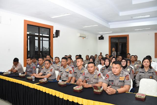 Dalam Rangka Evaluasi Dan Standarisasi Pada Kwalitas Pakaian Dinas Harian, Tim Litbang Polri Kunjungi Polda Jambi