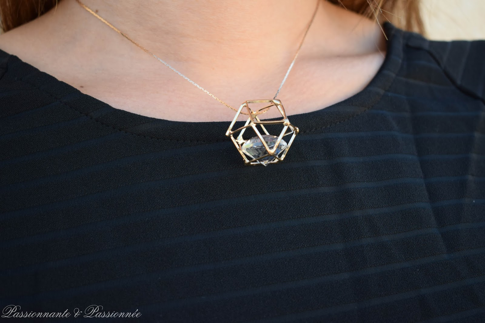 collier cage babou