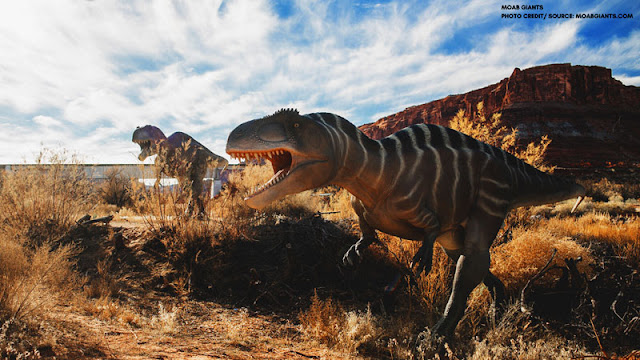 Dinosaur replicas in the Moab underbrush