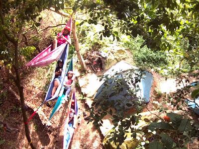 Hammocking di Tebing Parang Purwakarta