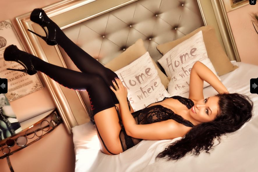 https://pvt.sexy/models/9f97-vanessamyers/?click_hash=85d139ede911451.25793884&type=member