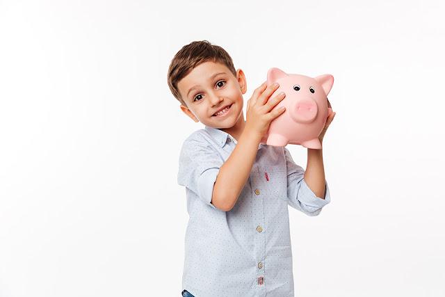 Copilul si banii: primele lectii de educatie financiara
