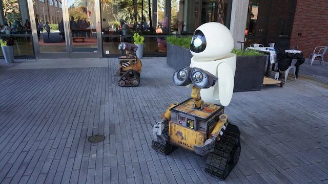 Real life Wall-e and Eve at Pixar Animation Studios