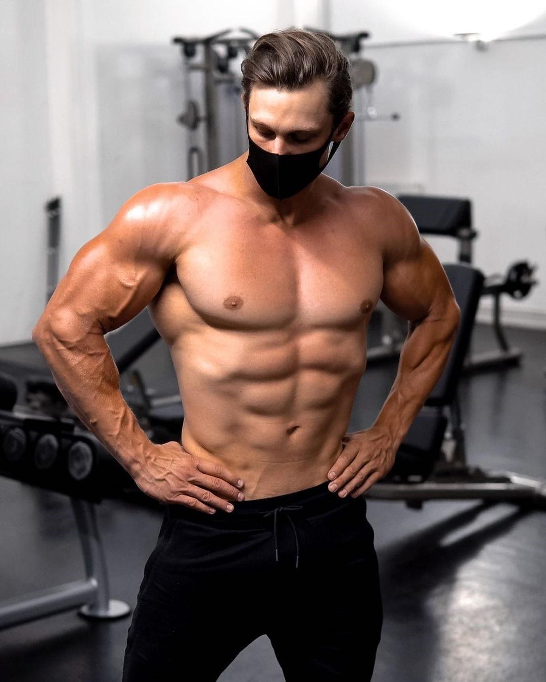 gym-hunk-steve-kris-shirtless-body-face-mask-veiny-arms