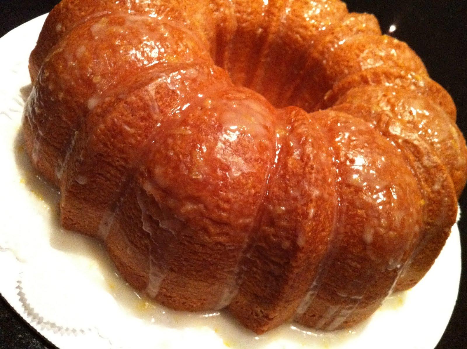 Homemade Lemon Pound Cake Glaze