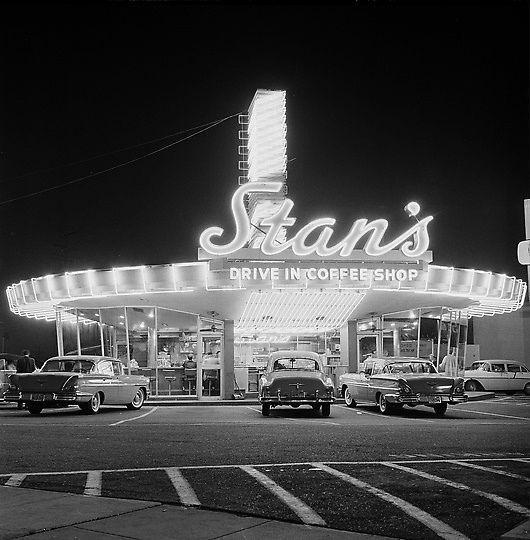 Stan%25E2%2580%2599s-Drive-In-Hollywood-California-1958-Sunset-HighlandPIN.jpg