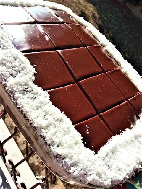 Τούρτα σοκολάτα - καρύδα