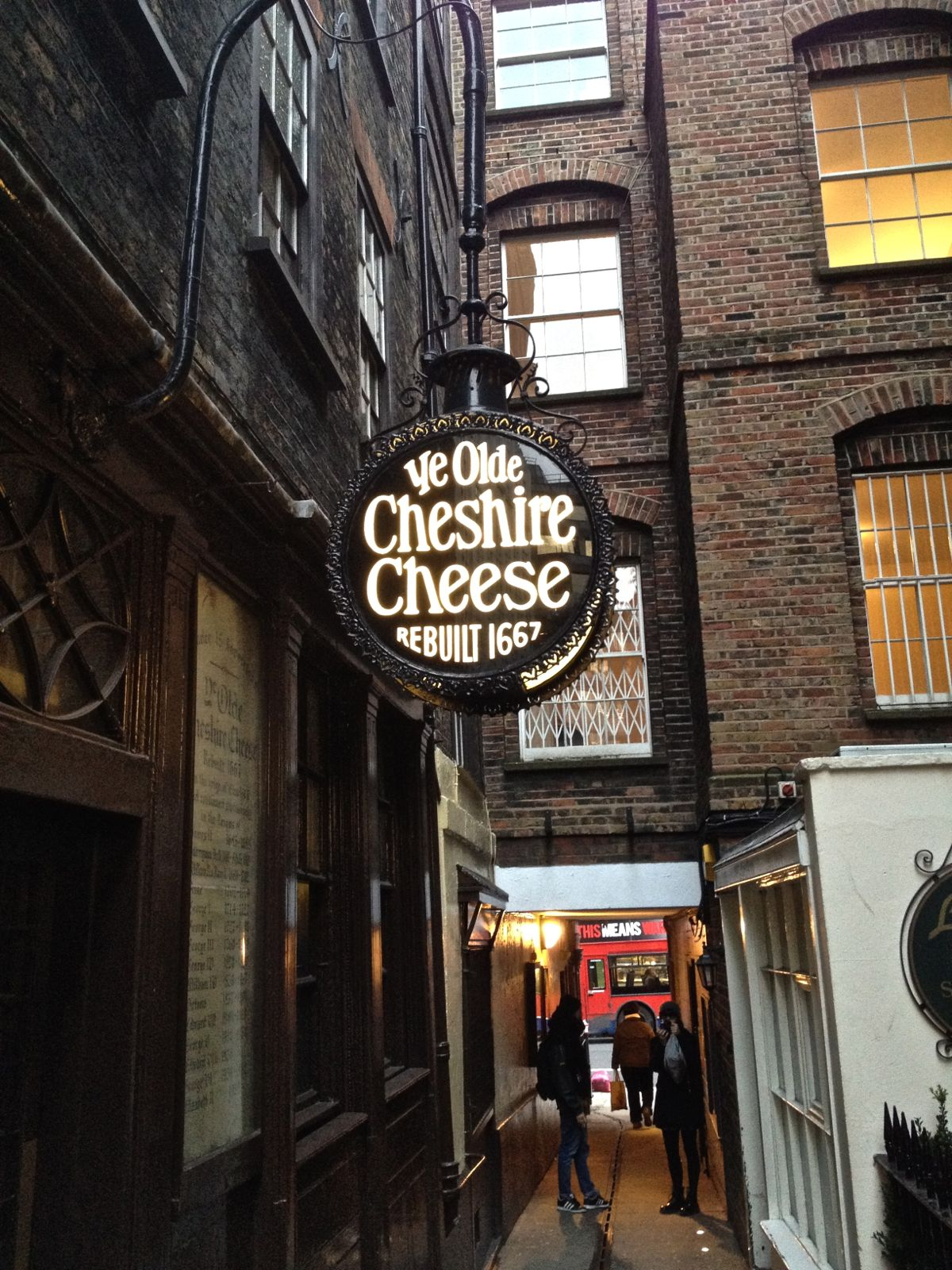 Jtchatter Ye Olde Cheshire Cheese