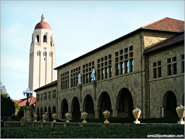 Wallenberg Hall, Universidad de Stanford