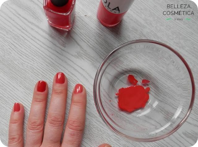 Mezcla esmaltes de uñas rosa rojo