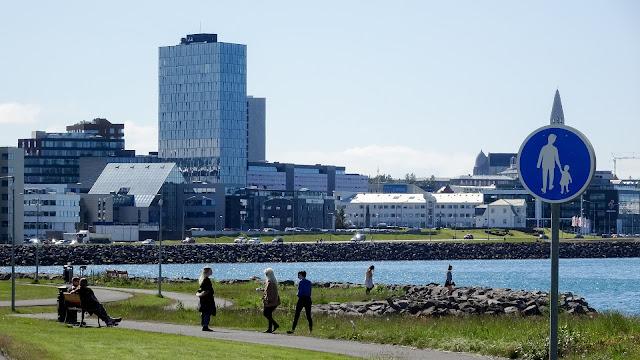 Last kilometer to Reykjavik