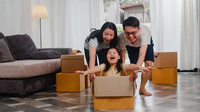 Bermain di Rumah Bersama Orang Tua