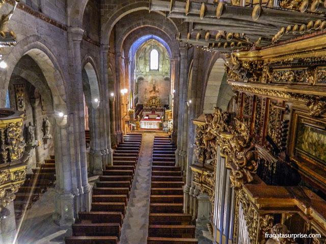 O interior da Catedral de Braga visto do Coro Alto
