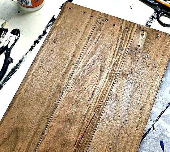reclaimed wood pallet