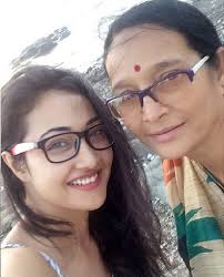 Patrali Chattopadhyay Family Husband Son Daughter Father Mother Age Height Biography Profile Wedding Photos