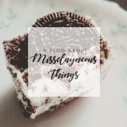 A Blog about Misselayneous Things: Christmas Gift Ideas: #1 No Bake Oreo Cheesecake