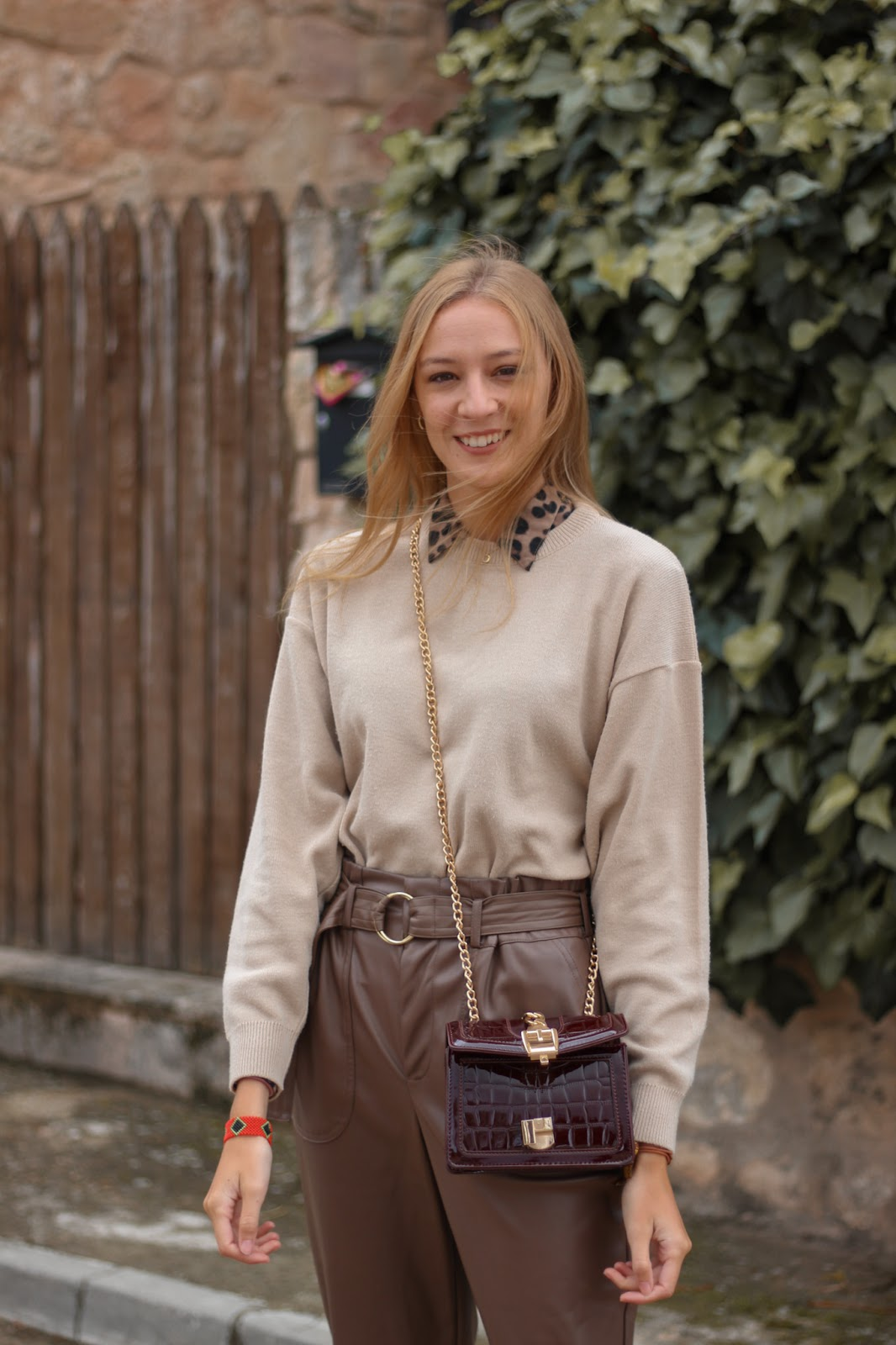 total-brown-look-leather-pants