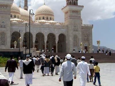 """الجزائر تشن """"حربا دينية"""" على المغرب"""