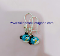 anting anak kartoon lucu