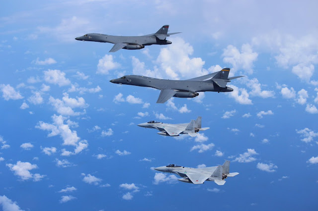 U.S. Forces Japan: - Page 2 JASDF%2BF-15s%2Bwith%2BUSAF%2BB-1s%2B4