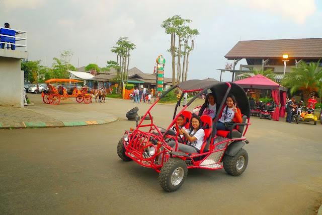 paket family gathering kampung gajah