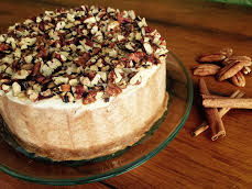 Cinnamon Toasted Pecan Cheesecake with Sour Cream Topping
