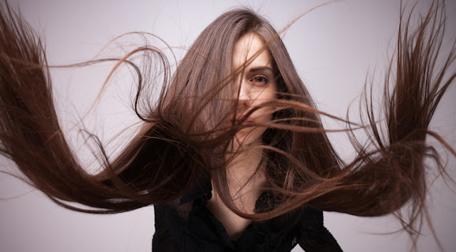 """كيف أصنع """"خلطة الثوم"""" لعلاج مشكلة تساقط وتقصف الشعر"""