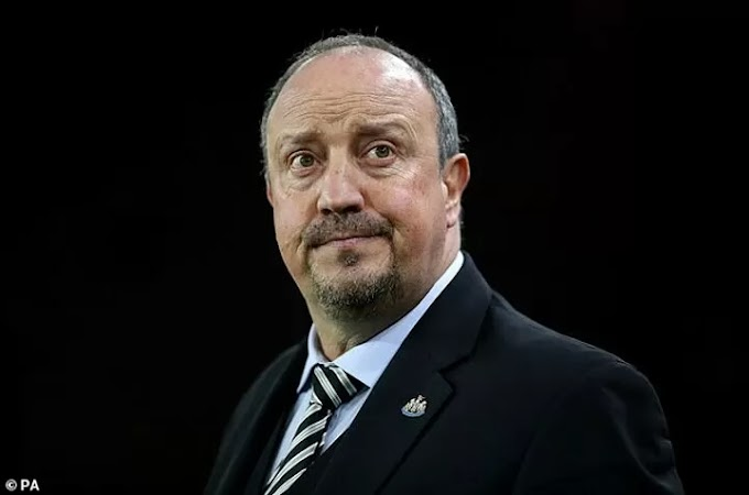 Everton fans protest Benitez appointment with banners outside Goodison Park