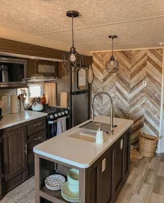 Pendant light fixtures in a RV