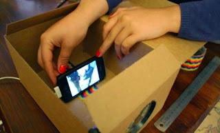 Membuat proyektor sederhana dari bahan bekas dan smartphone