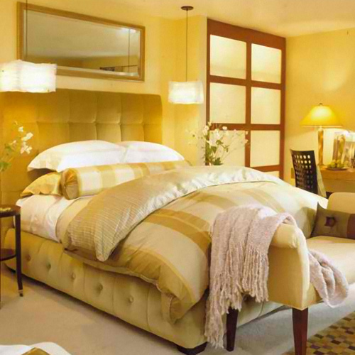 22 BEAUTIFUL YELLOW THEMED SMALL BEDROOM DESIGNS ... on Beautiful Bedroom Ideas For Small Rooms  id=46673